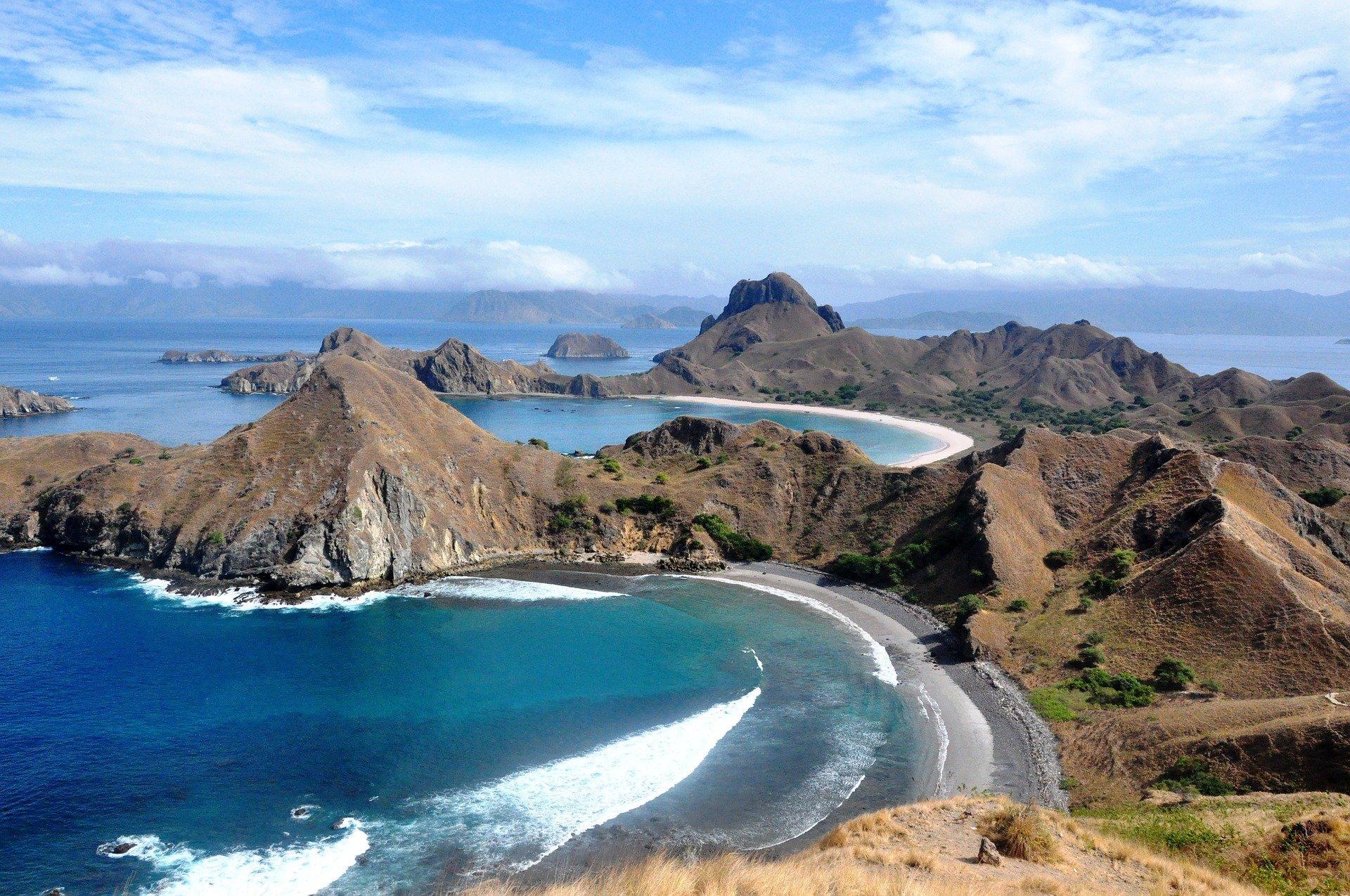 Wisata Premium Labuan Bajo Untuk Siapa? | The Columnist